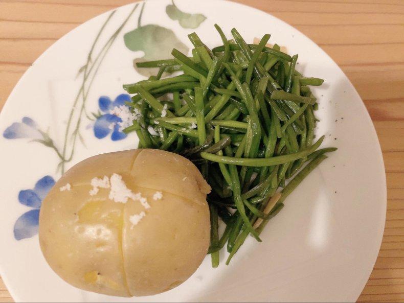 水蓮菜レシピ 一人暮らしでオイシックスのお試しセットを頼んでみました!