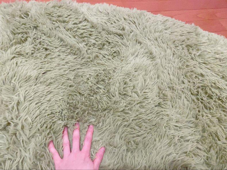 円形芝生ラグでお部屋ピクニック気分♡床の寒さ対策②
