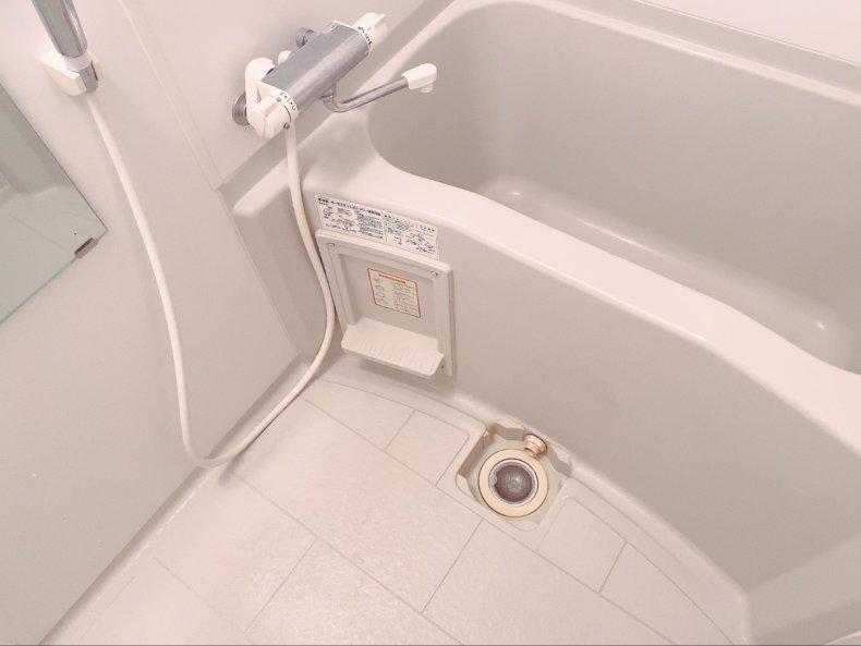 ミニマリスト的なお風呂。吊り下げ収納ですっきり!