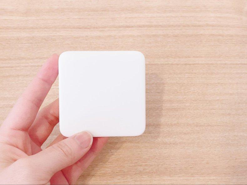 リモコンを断捨離!「SwitchBot Hub Mini」でエアコンもお掃除ロボも、スマホひとつに。