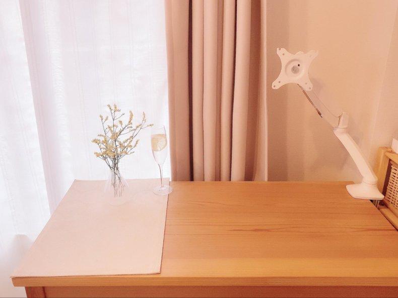快適自宅作業!白いモニターアーム&ディスプレイを手に入れたので初めての選び方をまとめてみた
