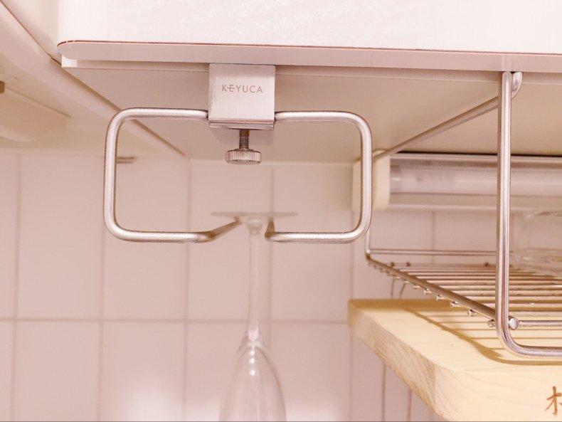 一人暮らしの狭いキッチン、吊り下げ収納してみました。